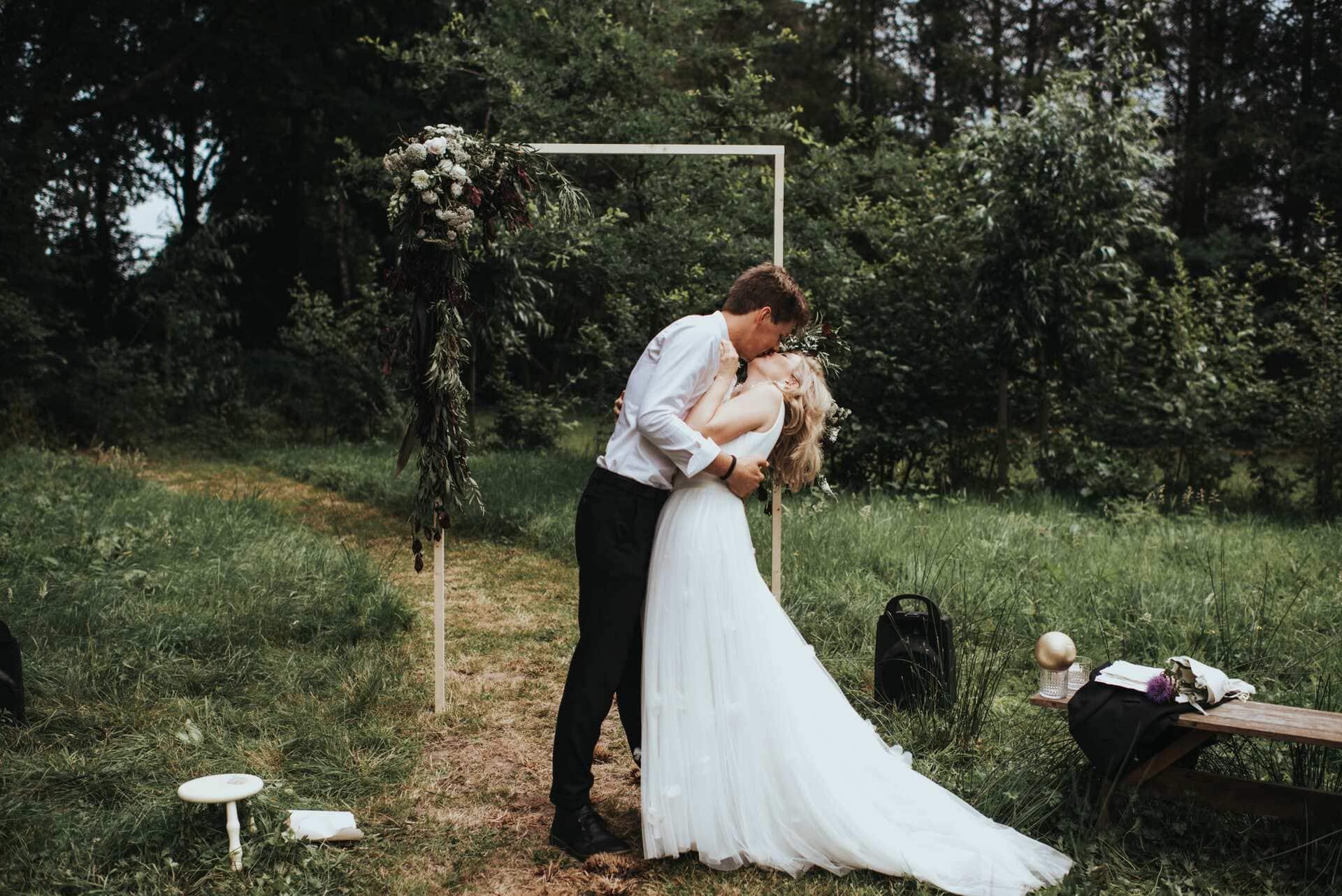 buiten trouwen in Nederland