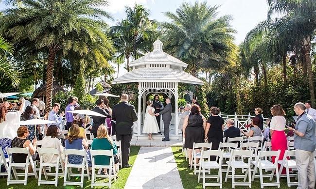 Expertpanel: Hoe maak je de trouw-ceremonie persoonlijk?
