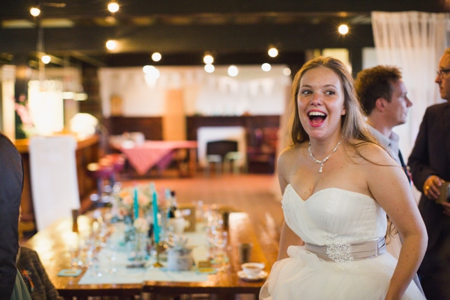 Girls of honour DIY bruiloft Ben & Joyce door Nienke van Denderen Fotografie-121