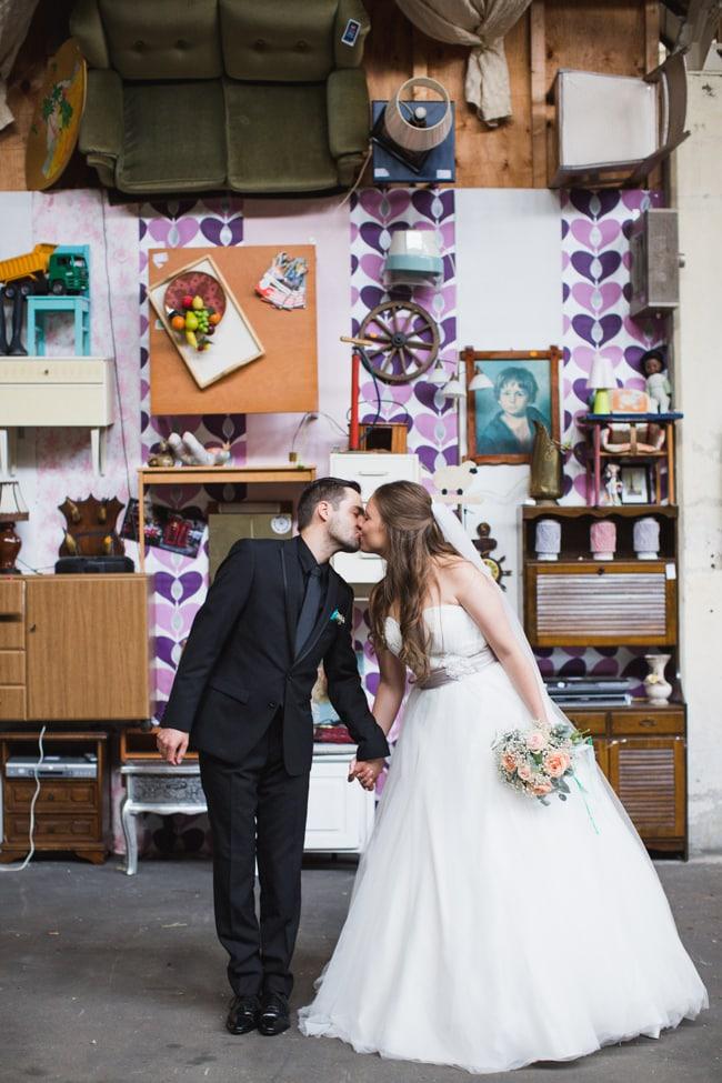 Girls of honour DIY bruiloft Ben & Joyce door Nienke van Denderen Fotografie-69