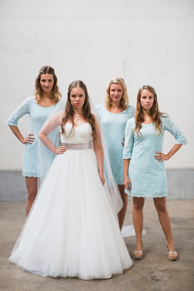 Girls of honour DIY bruiloft Ben & Joyce door Nienke van Denderen Fotografie-80