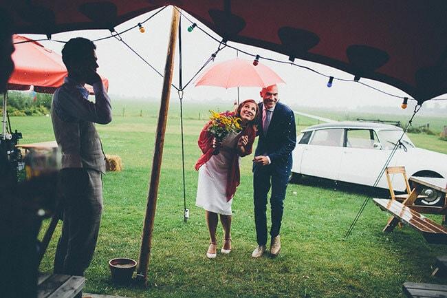 Regen op je bruiloft: zo bereid je je goed voor!
