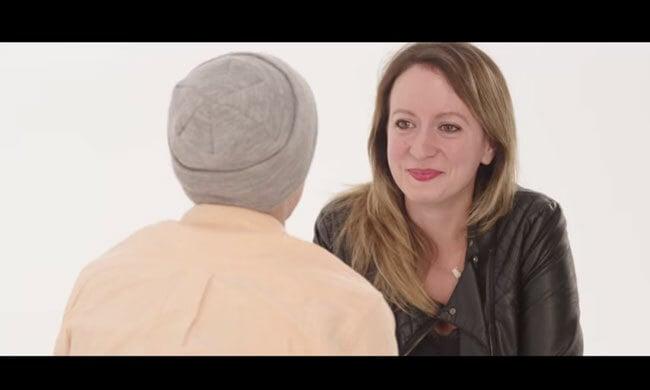 Video: wat er gebeurt als je elkaar 4 minuten in de ogen kijkt